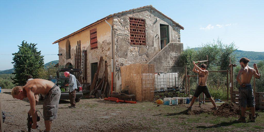 Mengapa Orang Muda Italia Meninggalkan Kota Untuk Memulai Kehidupan Baru Sebagai Petani Di Pedesaan